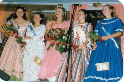Hootin and Hollarin Queen Contest